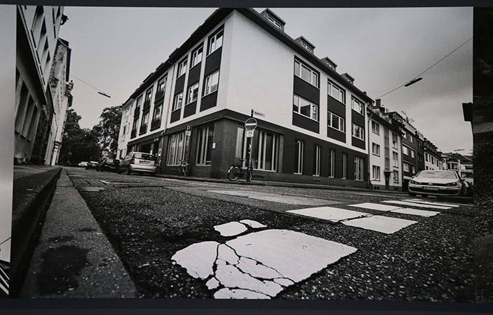 ذكرى الضحية من خلال صورة مكان الجريمة